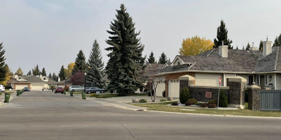 Country Club Place for sale